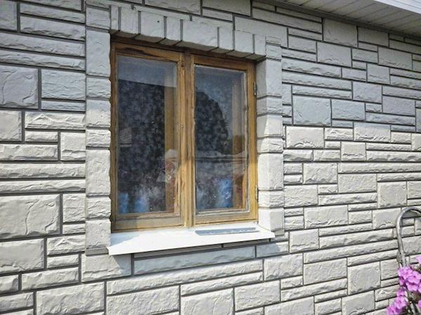 Сайдинг на основе цементно-волокнистых материалов отличается влагонепроницаемостью и обладает прекрасной звукоизоляцией