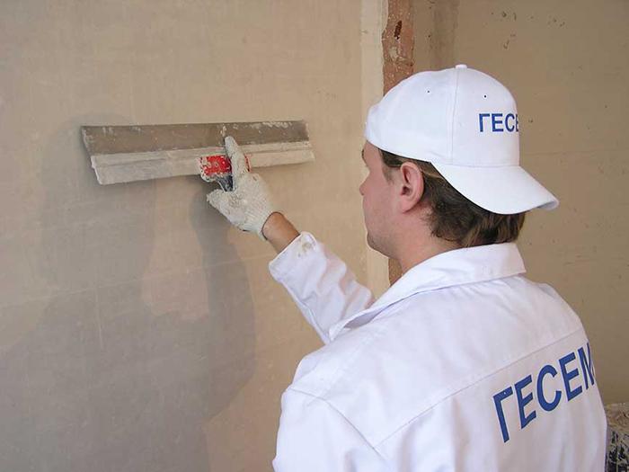 Работа с теплой штукатуркой отличается высокой скоростью обработки поверхности