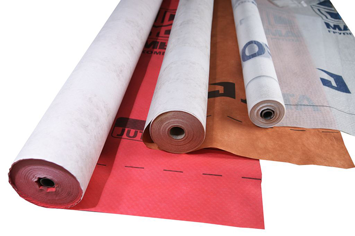 Плёнка ветрогидрозащиты для монтажа выпускается многими производителями