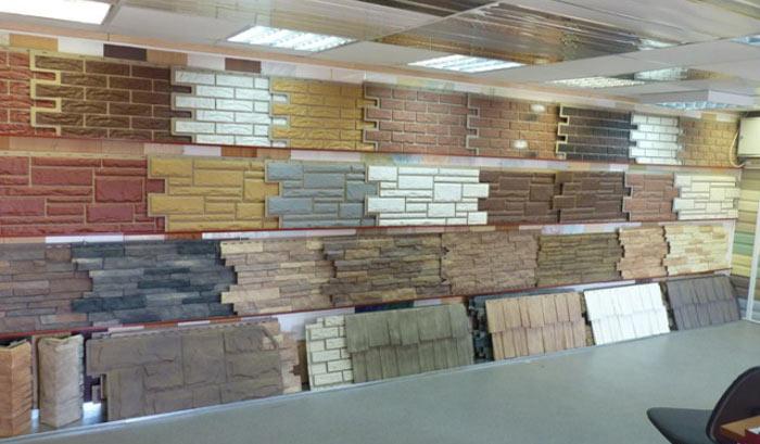 Сайдинговые панели могут быть качественной имитацией декоративных или природных камней, кирпичной кладки из различных видов кирпича, а также некоторых сортов дерева