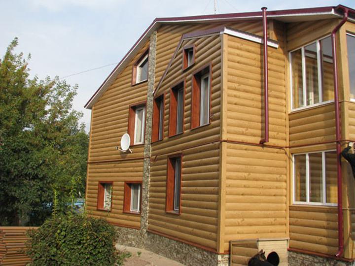Основной областью применения сайдинг-панелей «Woodstock» является фасадная отделка загородных домовладений и коттеджей