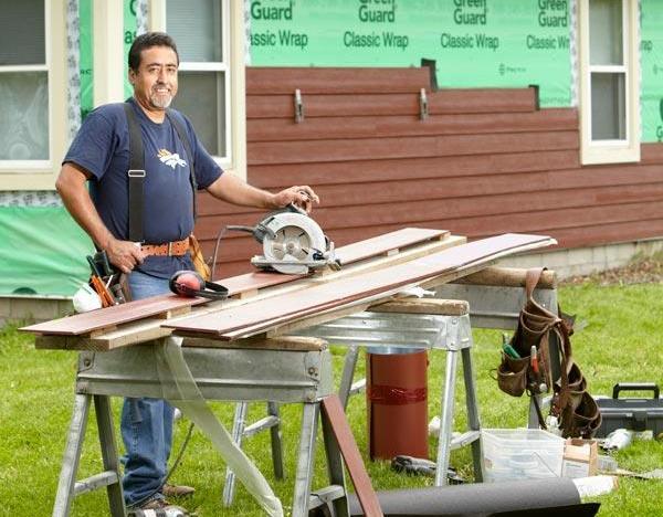 Установка и крепление материала требуют минимального набора инструментов