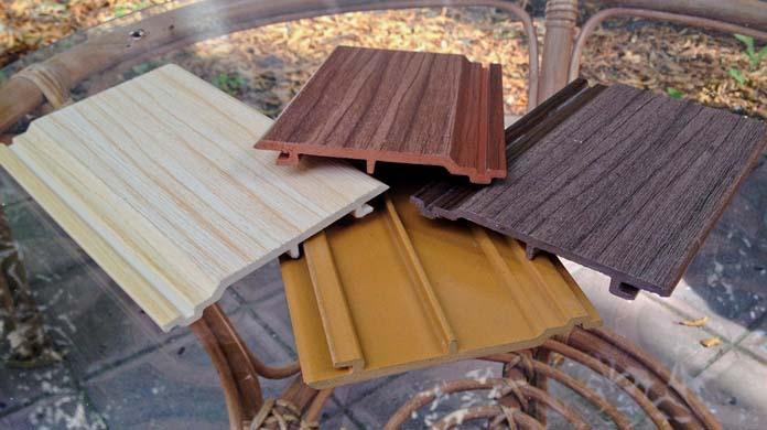 Особенностью фактуры сайдинга из ДПК для отделки является качественная имитация древесной структуры