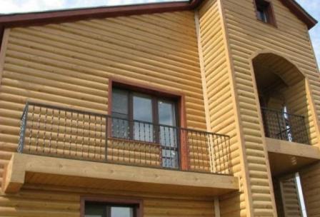 Простое жилище, отделанное данным материалом, будет выглядеть очень привлекательно