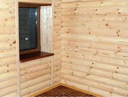 Доска блок-хаус используется для обшивки здания как снаружи, так и изнутри