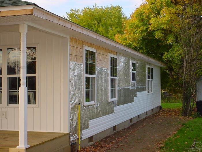 Правильно выполненная обшивка здания снаружи способна осуществить утепление здания