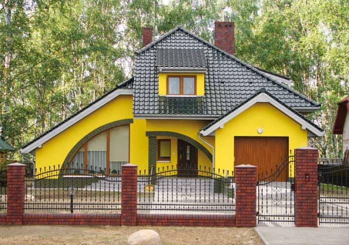 Краска для фасада должна облагораживать здание и не бояться воздействия агрессивных факторов среды