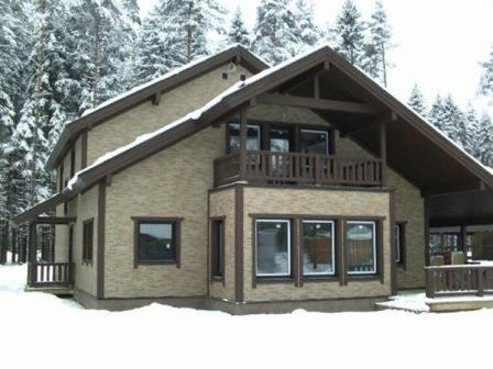 Фасадные панели применяются повсеместно – в любых строениях и климатических зонах
