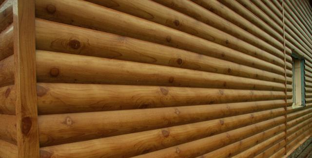 Крепятся панели на предварительно смонтированный каркас. Каркас может быть как металлическим, так и деревянным