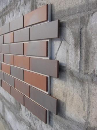 Срок службы фасада зависит не только от выбора облицовочного материала, но и качества выполненных работ