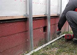 Отделка дома цокольным сайдингом предполагает высокий уровень защиты фасада