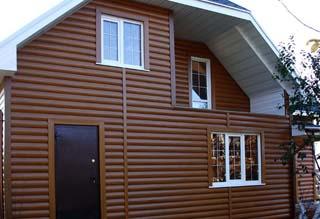 Пластиковый блок-хаус - более доступная альтернатива деревянному