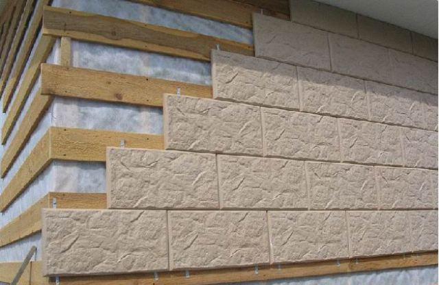 Для достижения хорошего качества облицовки фасадных стен необходимо, чтобы они были ровными
