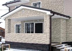 Наружная облицовка бетонным сайдингом не слишком популярна в нашей стране