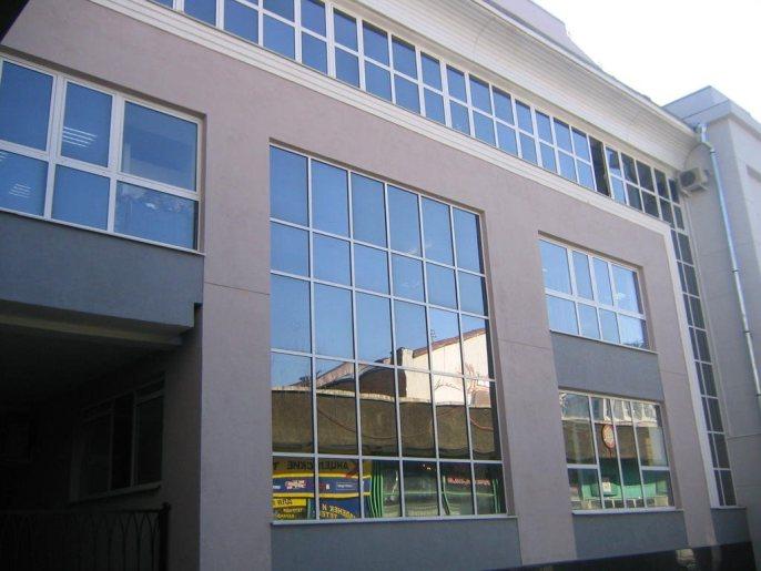 Отделка фасадной части алюминиевым профилем очень популярна