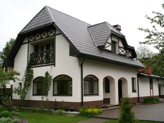 Утепление дома лучше всего проводить по внешней стене дома
