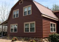 Отделка фасада жилого дома или коммерческого здания металлосайдингом  очень популярна