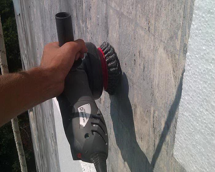 Для правильно выполненного утепления характерны несколько этапов работ, первым из которых является подготовка стен для наружного утепления