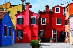 Выбрать колористическое решение фасадов правильно бывает очень непросто