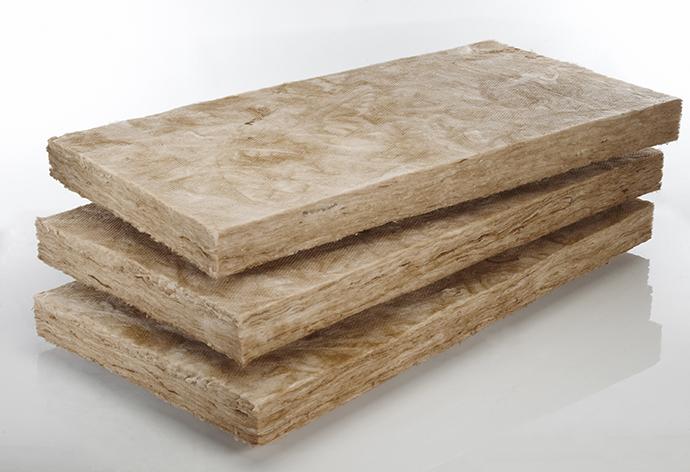 Любой материал, используемый для утепления стен дома, должен соответствовать требованиям ГОСТ и техническим условиям по жесткости