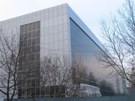 Алюминиевые фасадные системы устойчивы к воздействию внешней среды и имеют продолжительный срок службы
