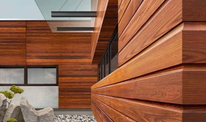 Сайдинг из ДПК хорошо зарекомендовал себя в качестве отделочного материала жилых домов